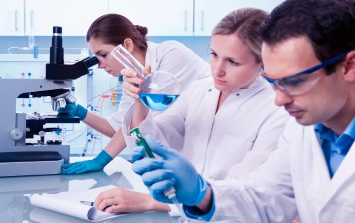 Pathologist Career Scope in Pakistan Jobs Opportunities Salary